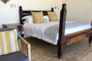 Sea Breeze Room - Wooden Double Bed