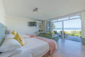White Room - Sea View